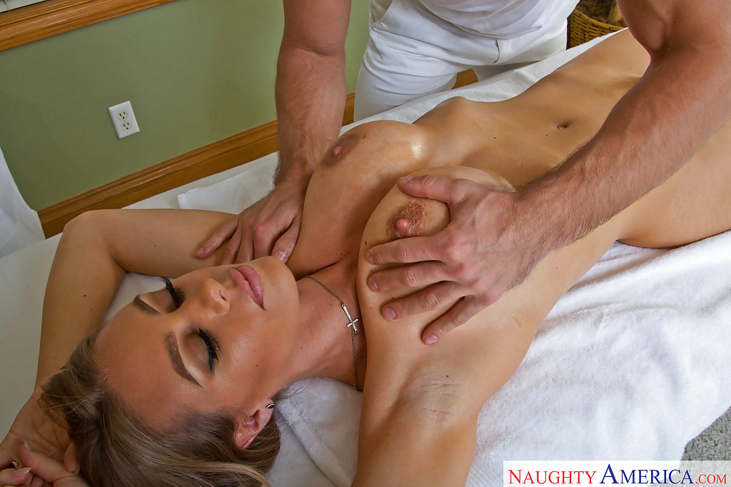 Nicole aniston blowjob agree with