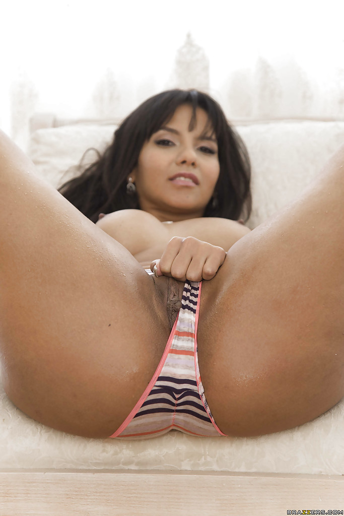 Big booty latina hd