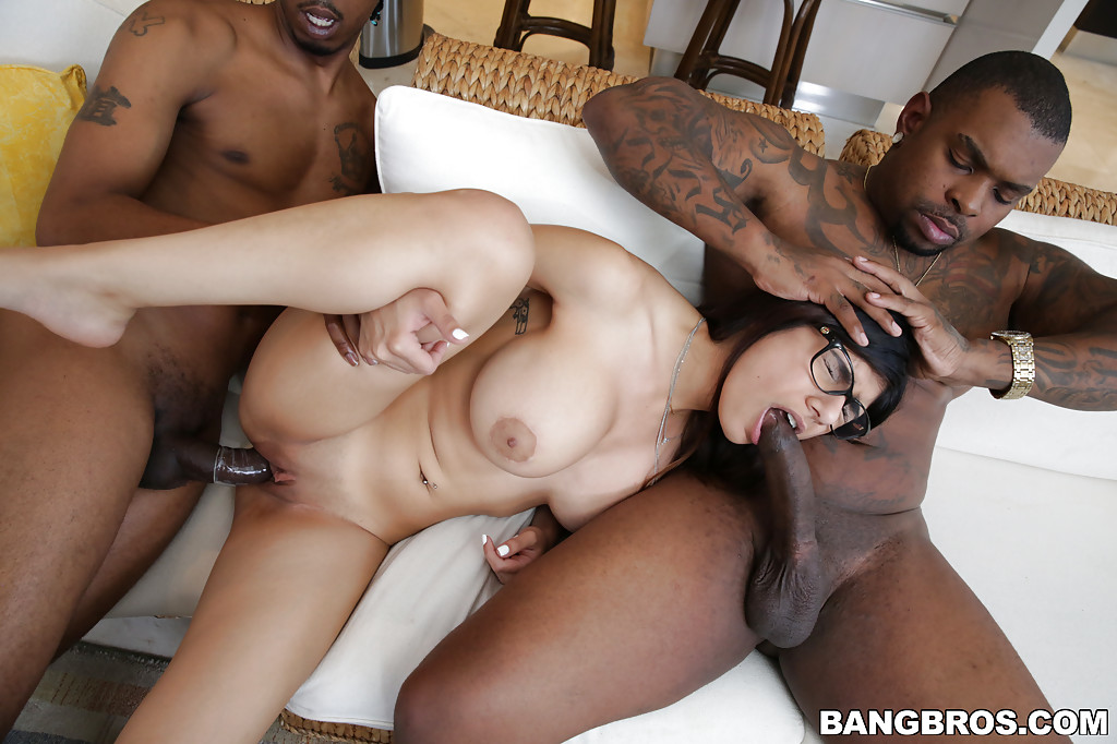 Alexia sucks black cock and gets creamed by a black stud after sara leaves 9