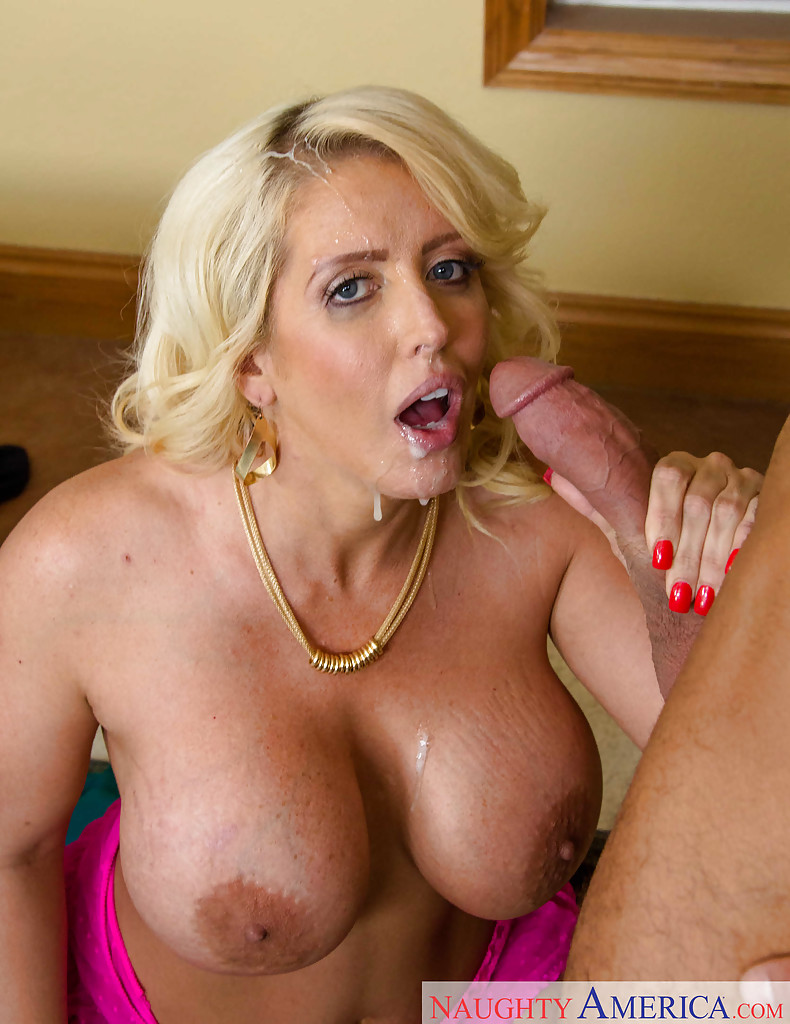 Hot for teach cumshot blonde shemale