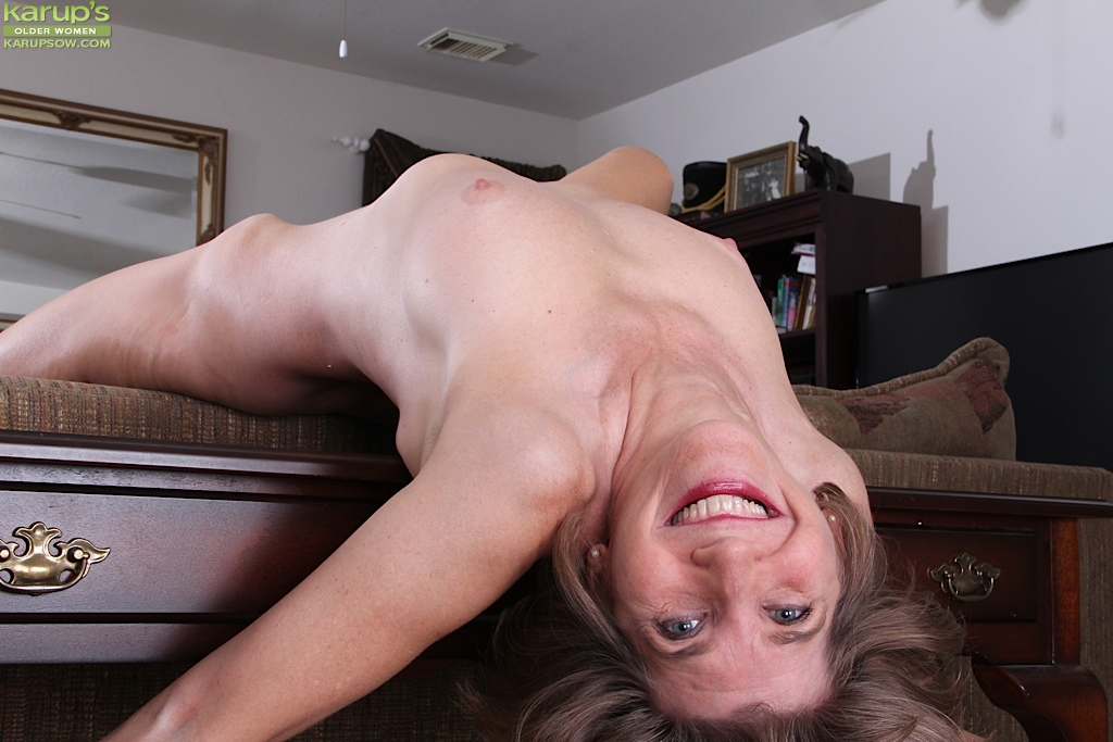 Penny Xx in Mature Blonde Hothorny, HD / From: Anilos
