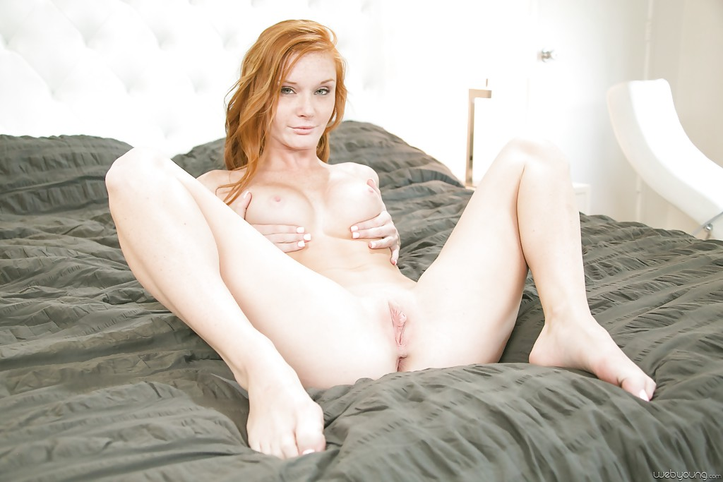 Description Redhead Teen Babe 86