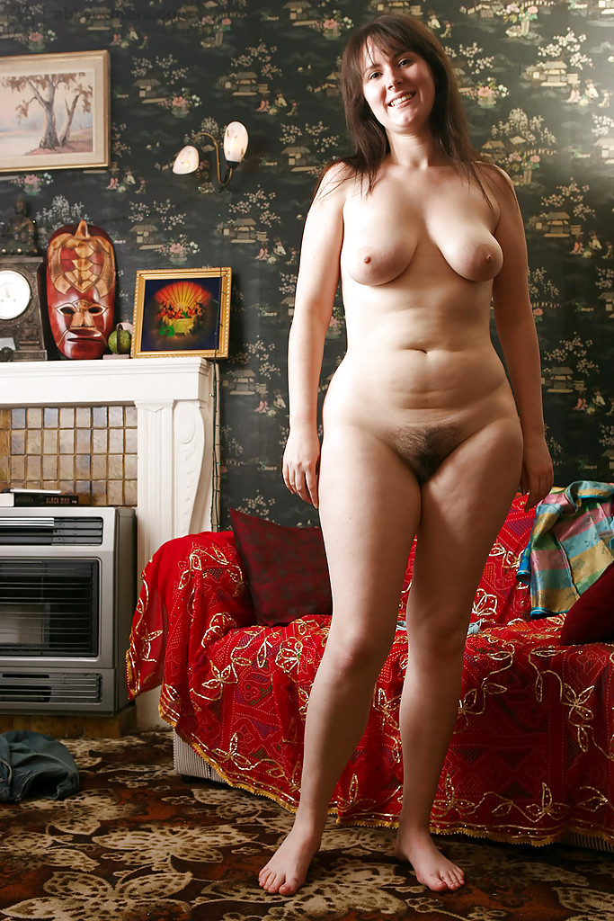 Nude Amateur Women With Wide Hips