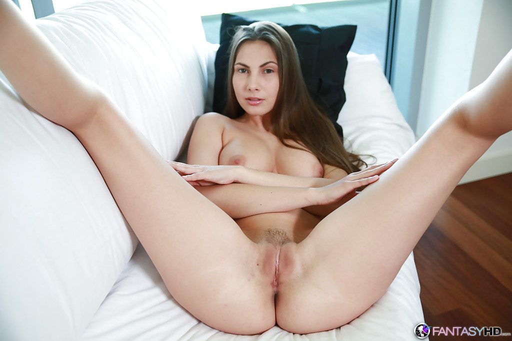 Fantasyhd babe connie carter has her pussy fucked 10