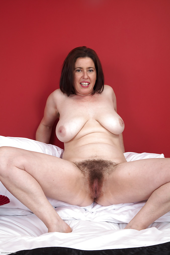 Super hairy mature nice getting