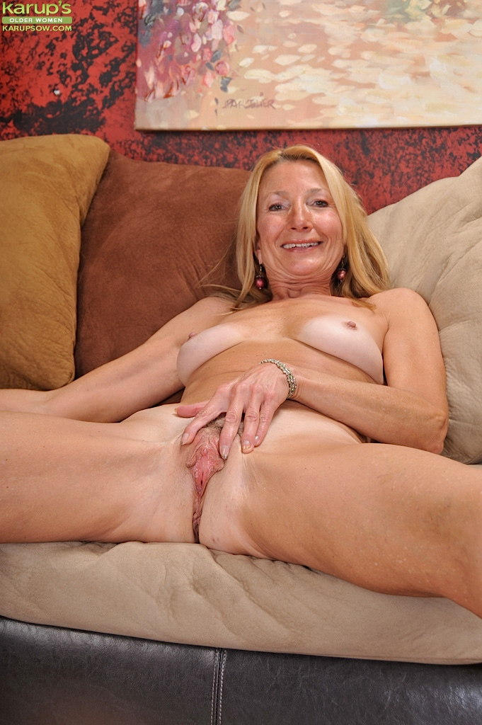 Granny with flabby body amp empty saggy tits with guy 6