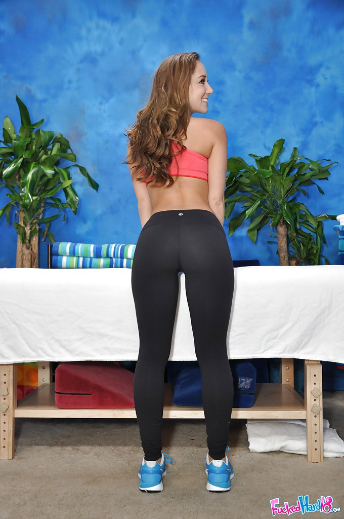 Shop the largest and best selection of yoga pants, workout tights, leggings, capris & joggers for women at abpclan.gq New arrivals everyday from the hottest brands. Free shipping on $75+, Low Price Guarantee. 24/7 Customer Service.