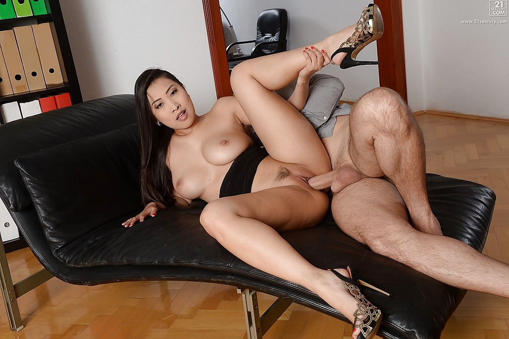 Asian secretary fucked and cries