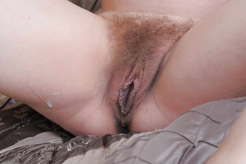 Suggest hairy twat creampie video