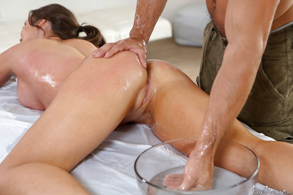 milf massage oil live chat