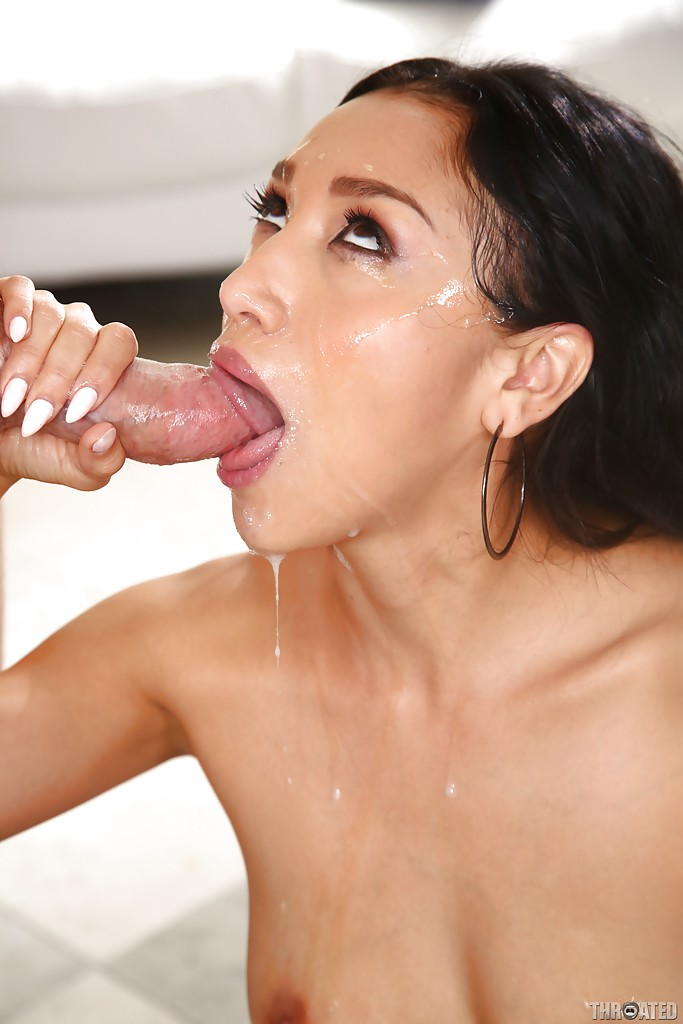 Young hot women deepthroat