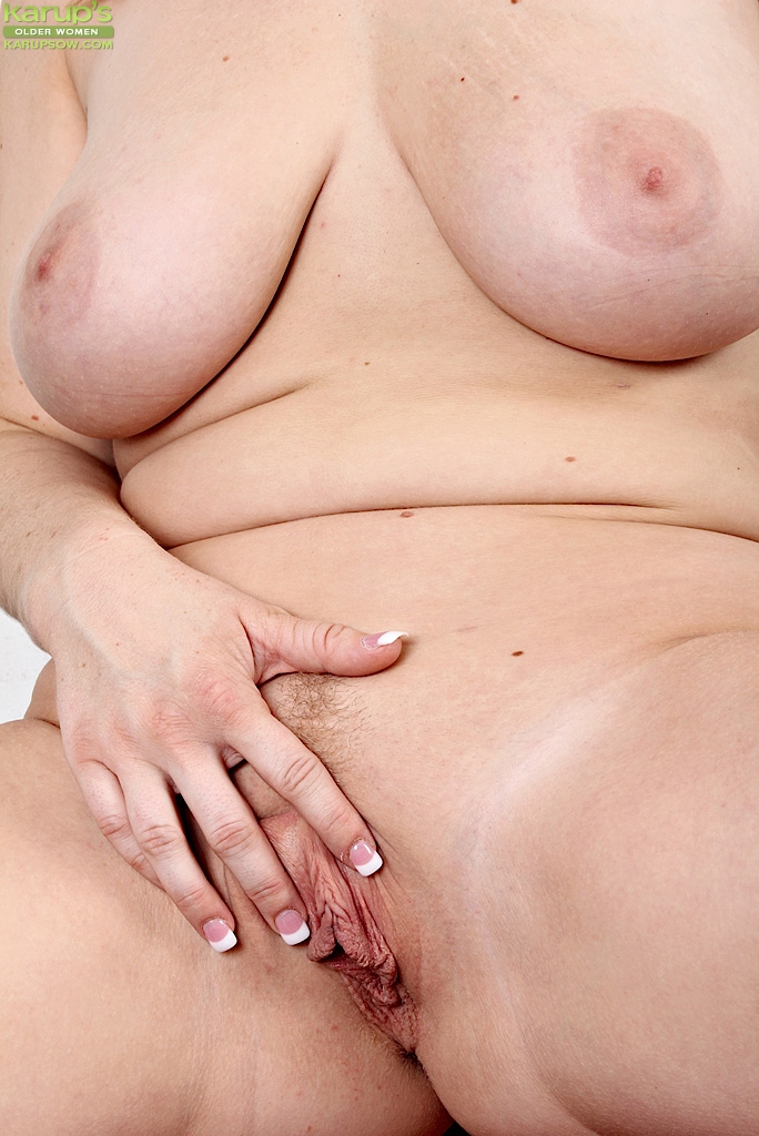 close up pussy in nude bicycle ride
