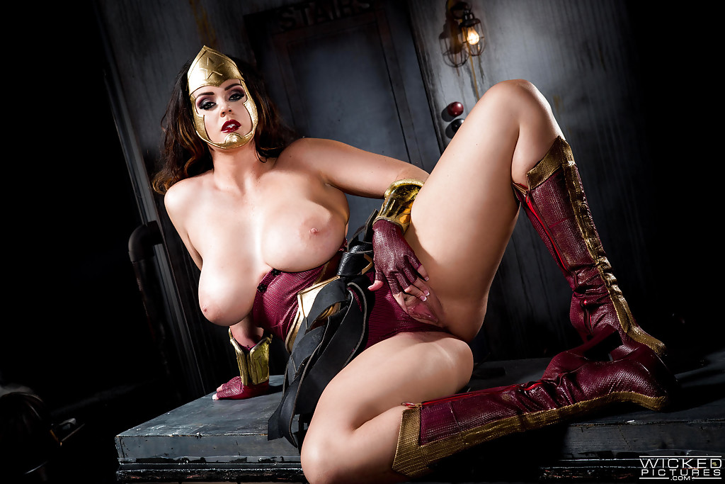 cosplay tits big woman Wonder