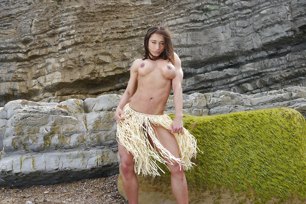 food and pussy nude