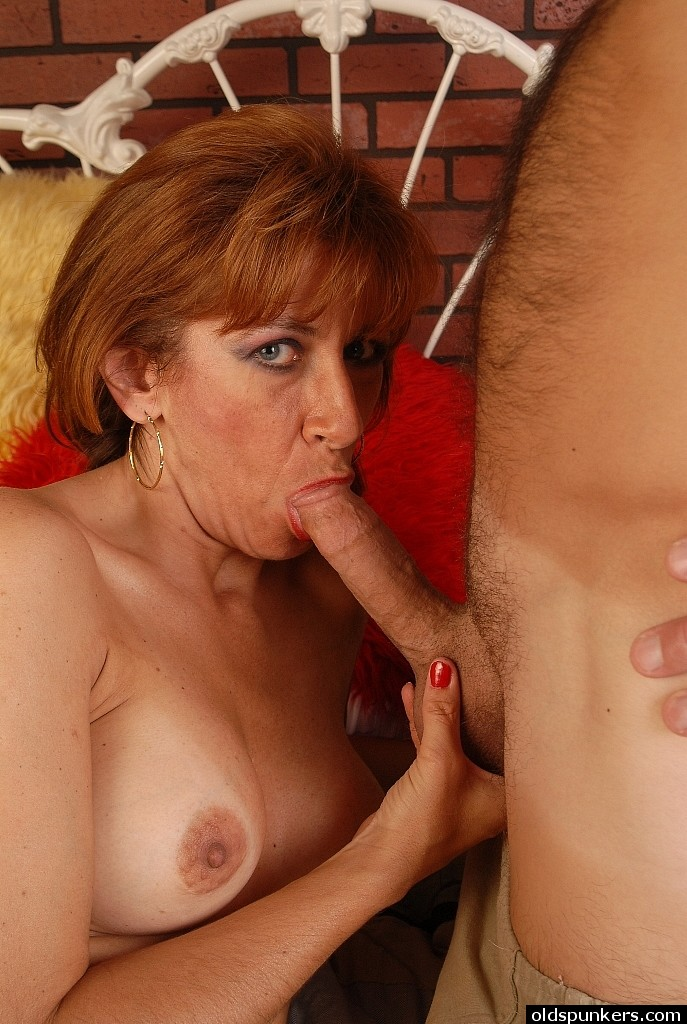 Redhead licked out guy