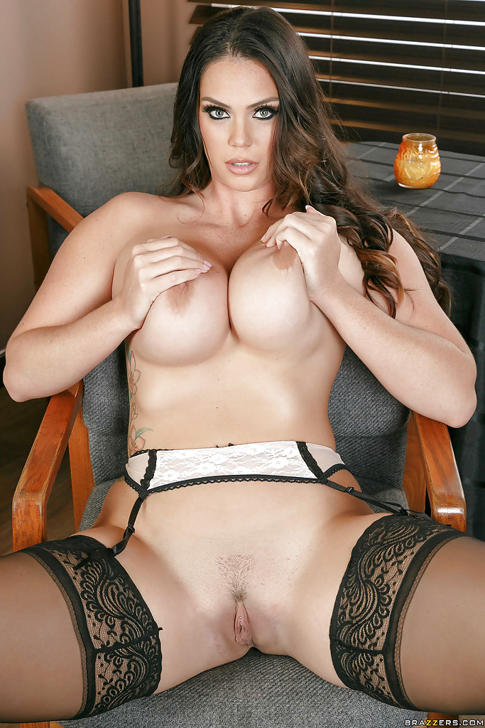 Alison Tyler Shows Off Large Natural Tits