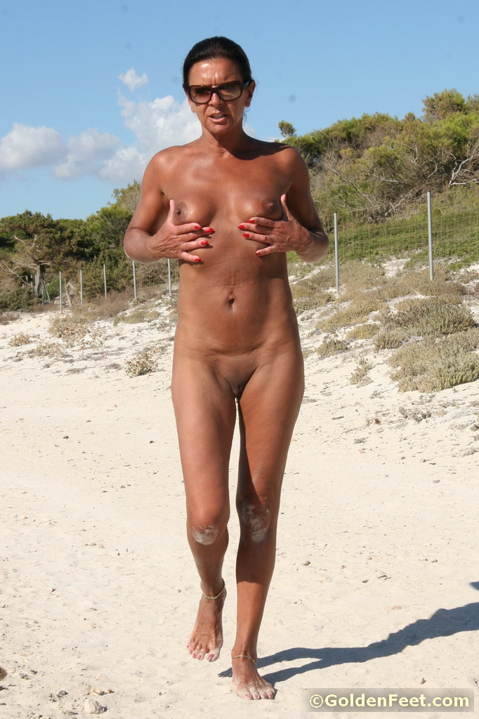 Can not old nude women on beach for