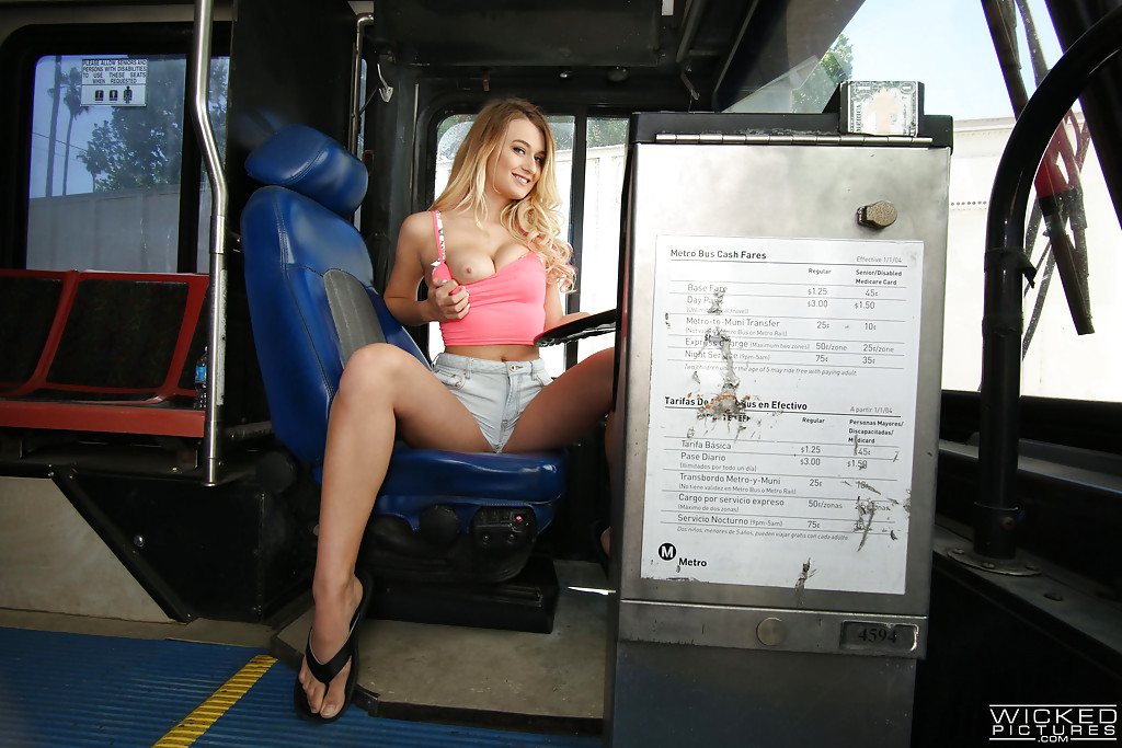 Brunette hottie Karmen Bella getting fucked doggystyle on public bus № 100037 бесплатно