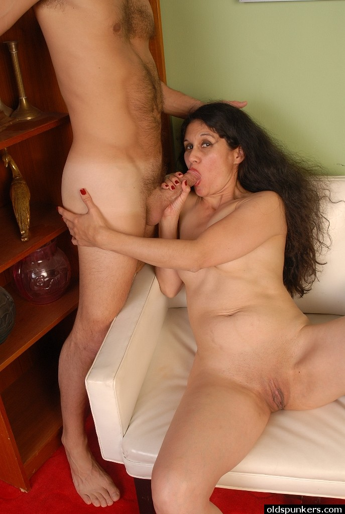 Old spunkers sexy mature latina