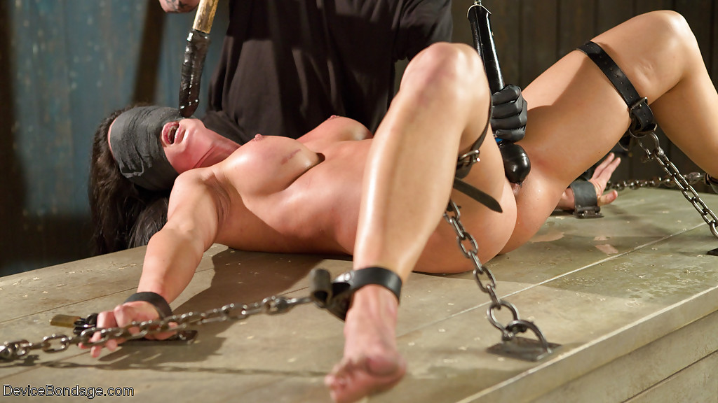 porno-video-aziatki-bdsm