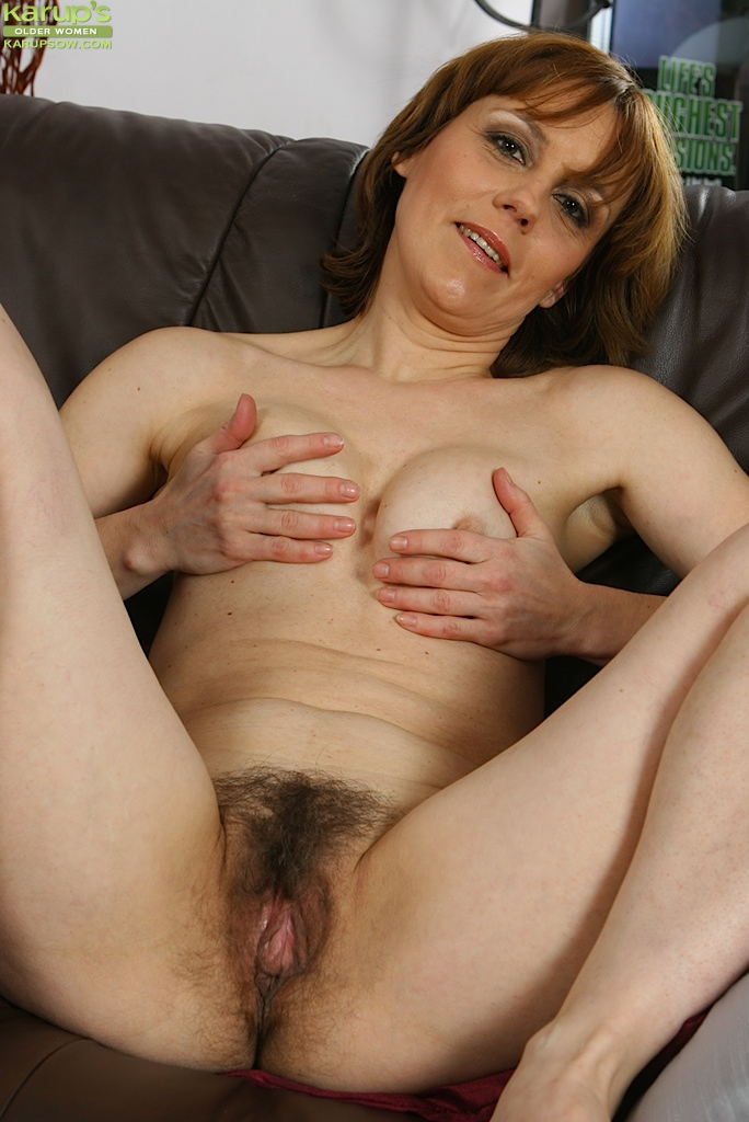 Amateur milf hairy pussy spread obvious, you