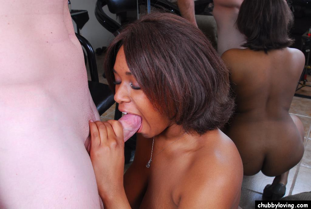 Mature ebony forced blowjob