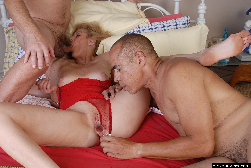 Love white Granny threesome porn love