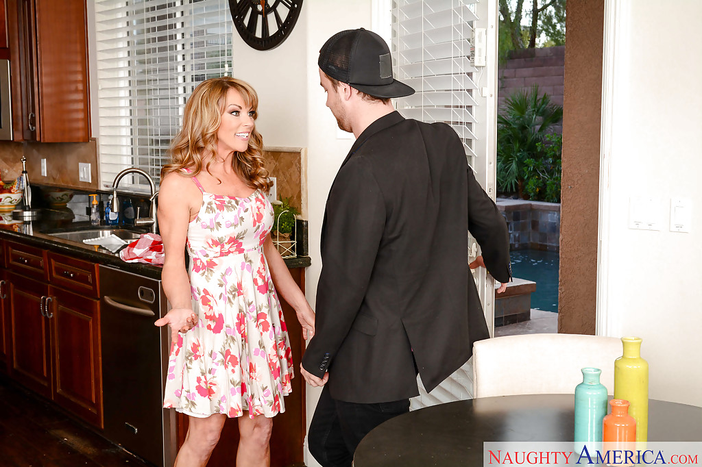 Busty blonde Shayla Laveaux was fucked in her innocent face! № 198073 без смс