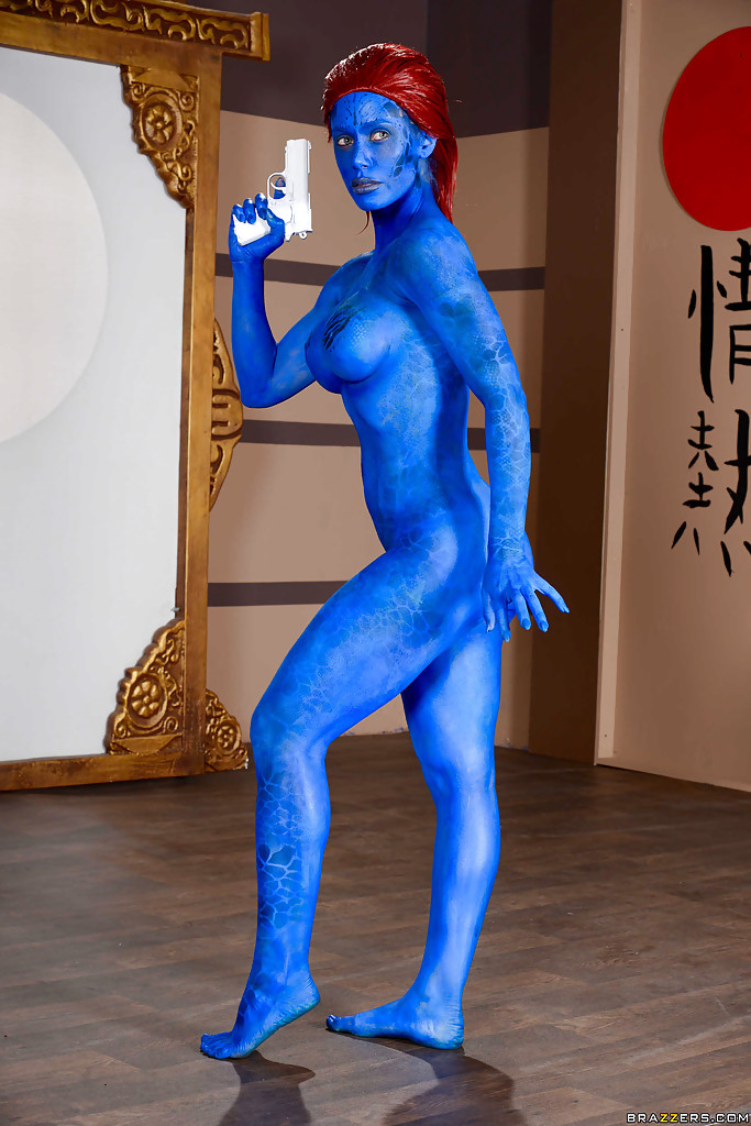 Commit body paint fetish