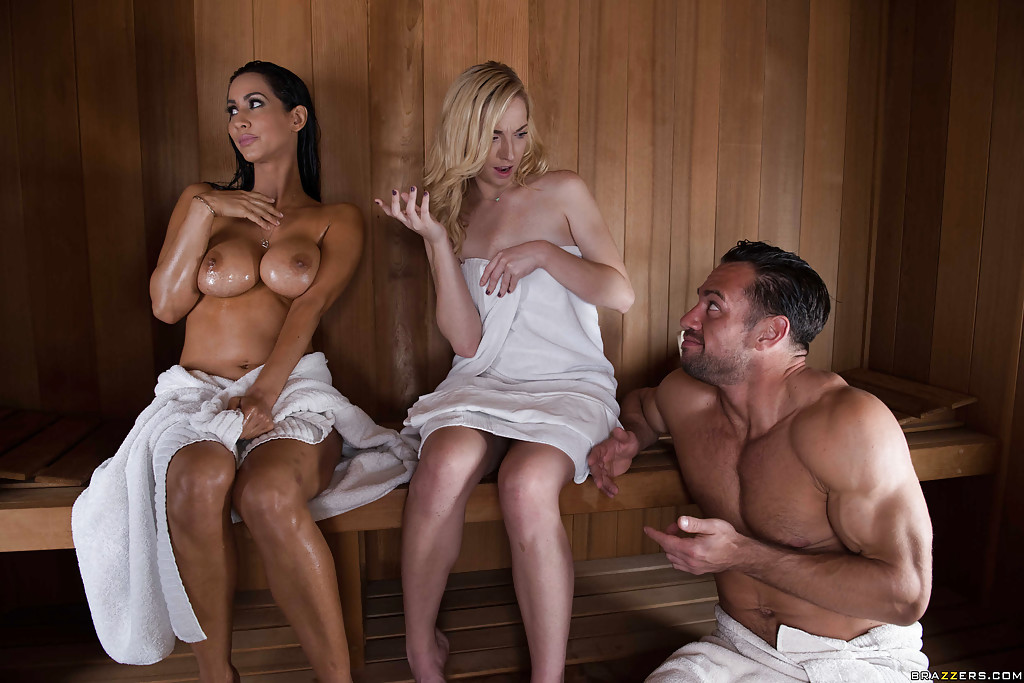 Stacked MILF Alexis Fawx rides on a long Member Free Video