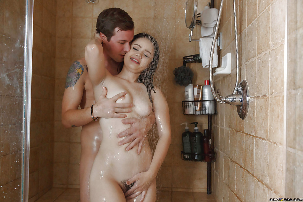 boy fuck girl in there shower