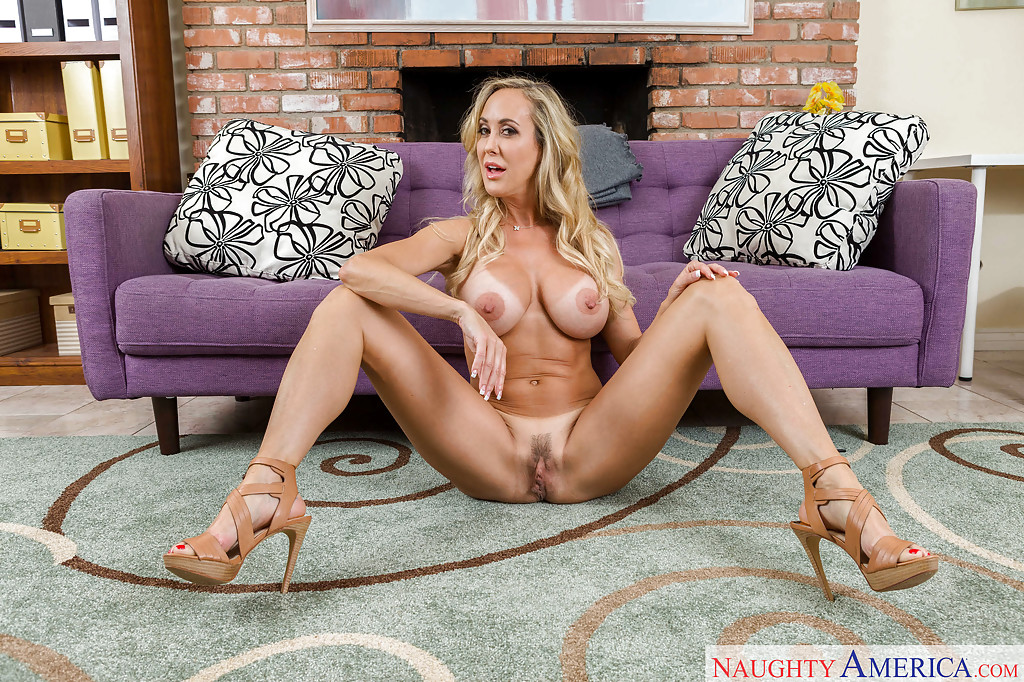 Brandi love feet high heels