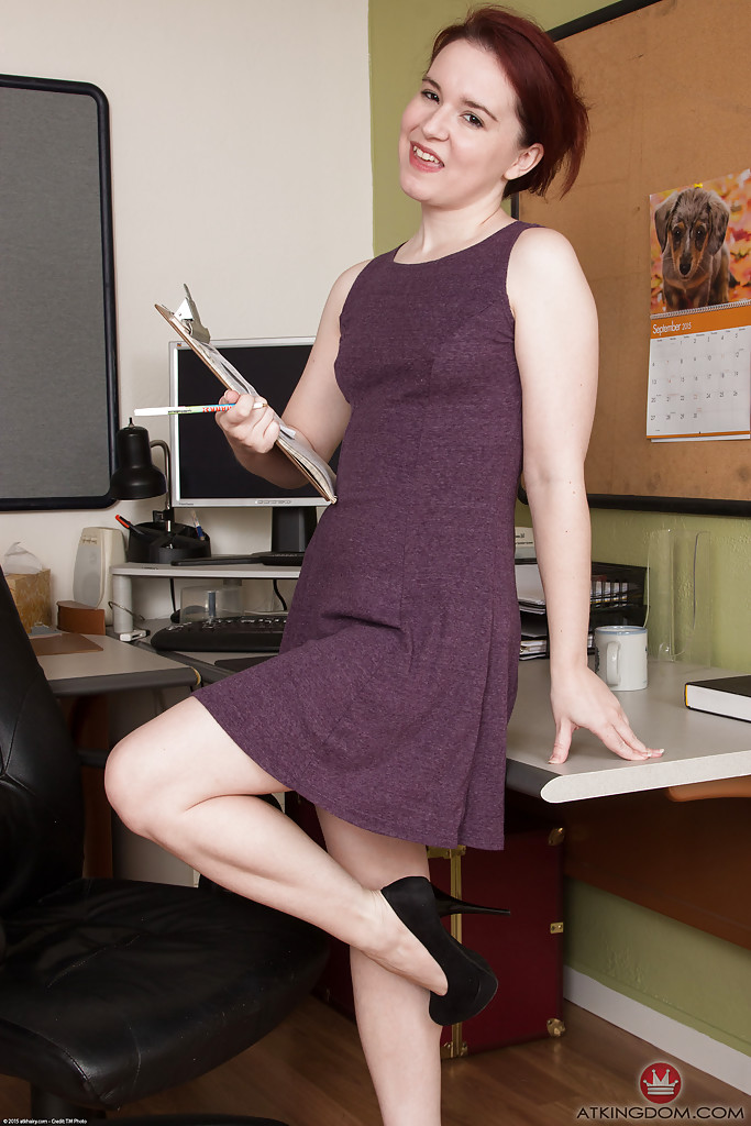 Aged office worker Annabelle Lee sliding panties aside to expose hairy cunt № 1089802 загрузить