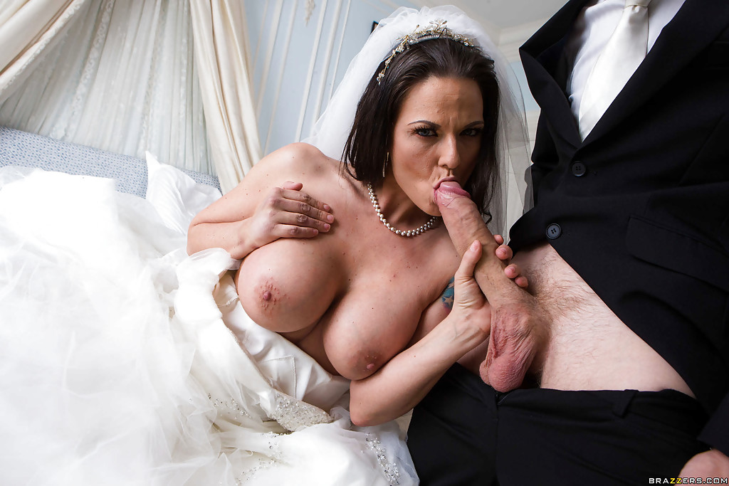 Horny satin gown lady - 3 9