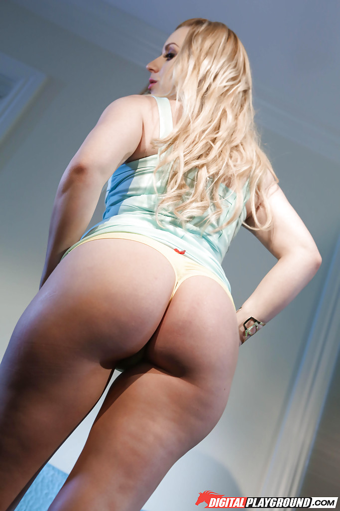 juicy panties blonde ass