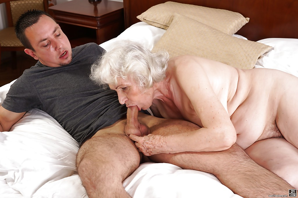 21sextreme large grandma gets ass plowed 6