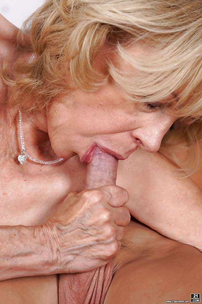 wet tiny young girl porn