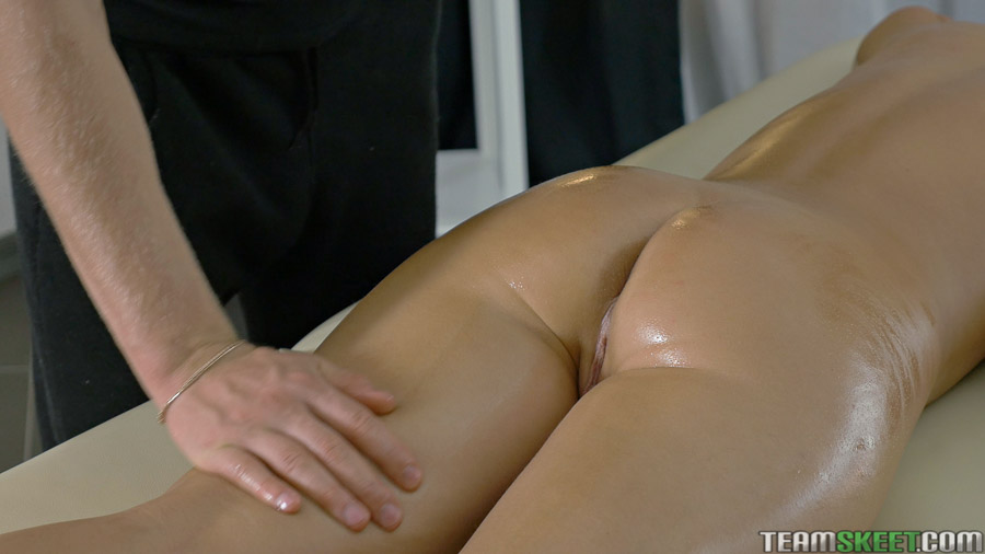 relaxing nude massage sex video