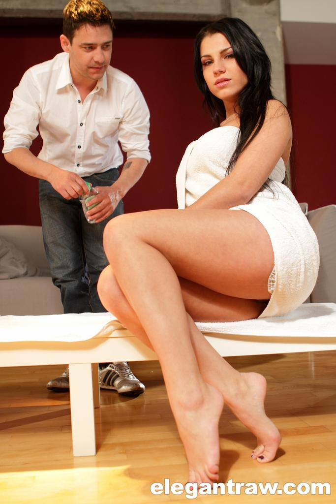Bare legged chick Angel Rivas toys herself until her asshole is gaped  1846182