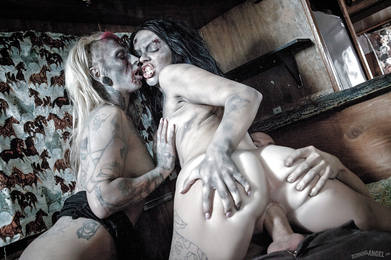 Zombie sex fucking videos download xxx comic
