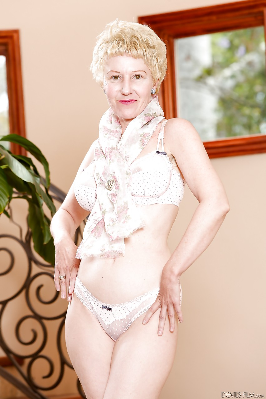 Hot granny body with