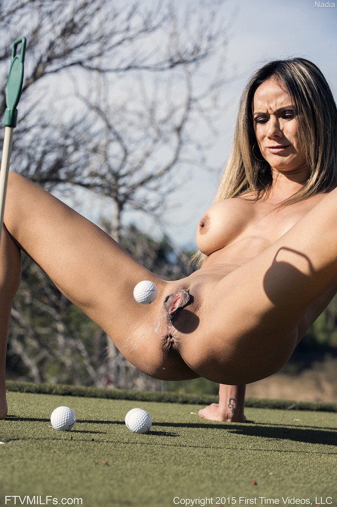 Would acrobat pussy as golf Ball that's