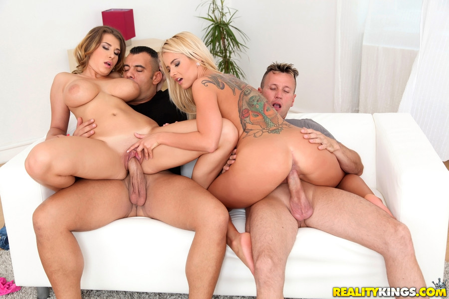 Sexy mom, latina in hot group sex Delicious