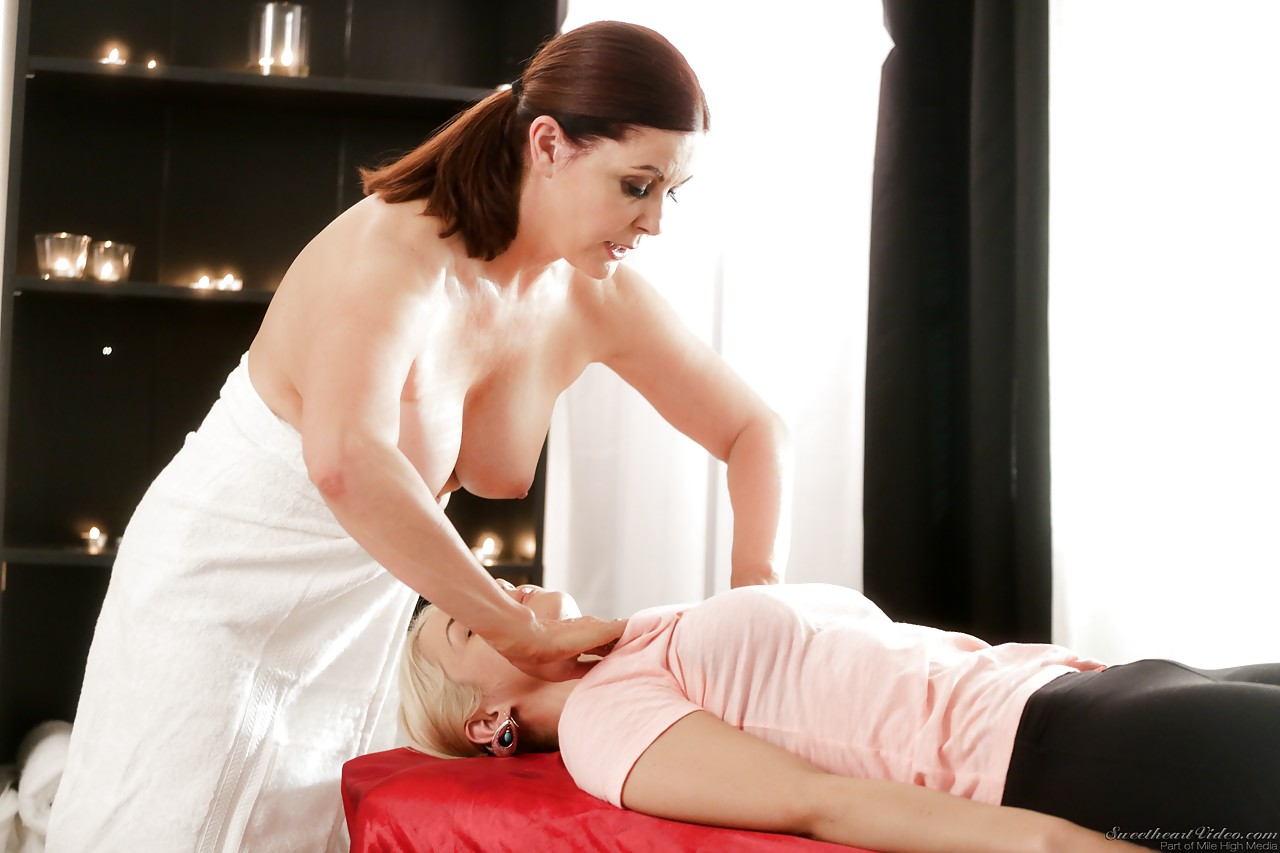 Masseuse sex movie galleries