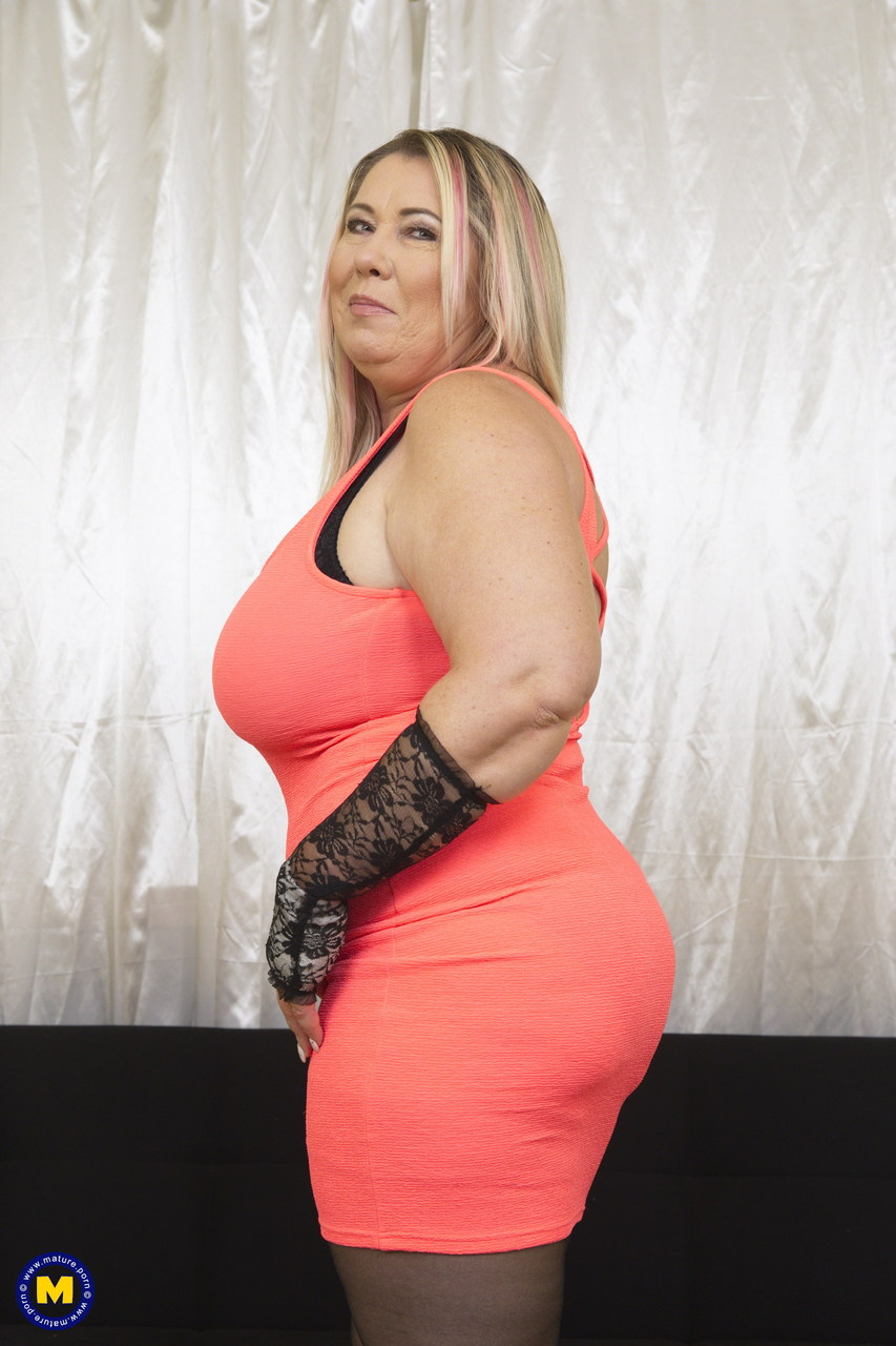 Fabulous fatty MILF Joana Bliss plays with her huge hooters on the stairs  1477180