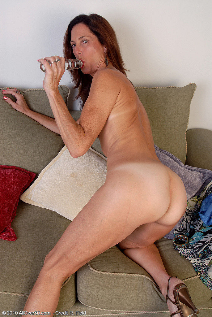 Skinny naked mature women