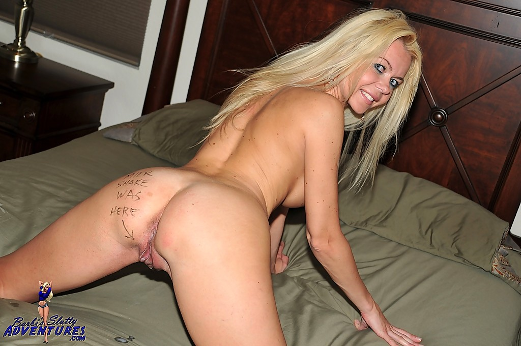 Barbi Sinclair Seduction On Bed
