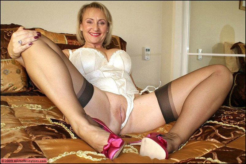 Thick mature milf stockings from it