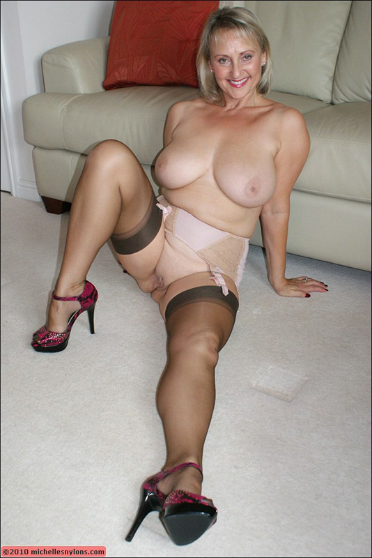 Mature older stockings women — pic 6