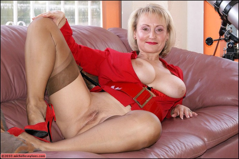 High heels grannies nylons in and